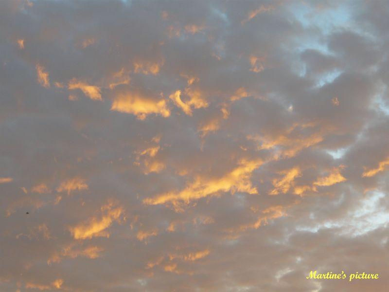 Ciel éphémère d'un matin d'octobre